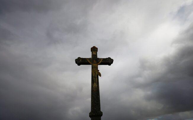 Más de 200.000 menores fueron abusados por curas en Francia en los últimos 70 años