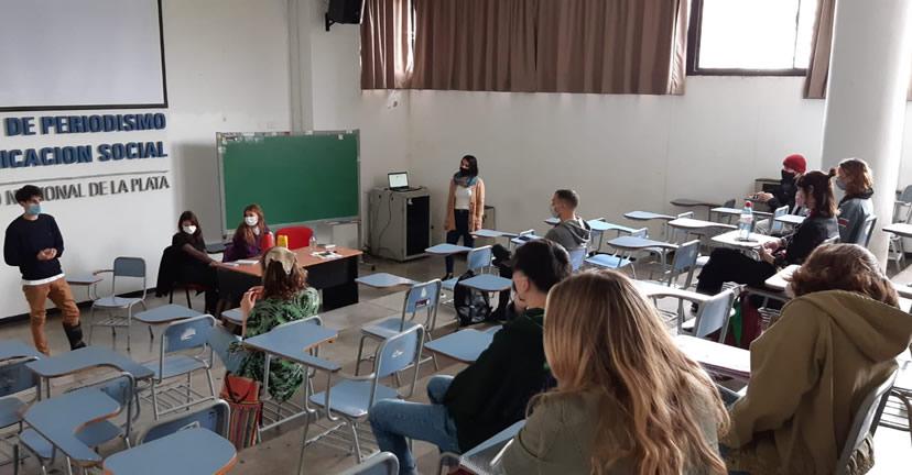 Continúan las actividades presenciales optativas en Periodismo de la UNLP